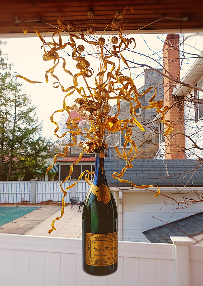 champagne_bottle_holiday_decor